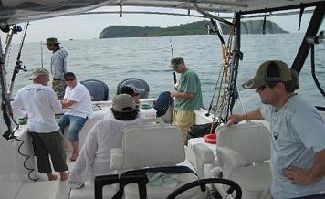 Трофейная рыбалка и морской круиз на яхте Reely Nauty